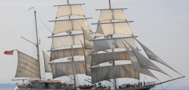 Ship Tours – Steve Irwin & Tenacious Tall Ship